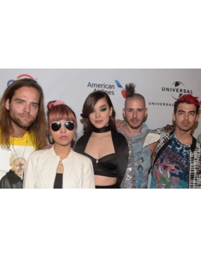 DNCE And Hailee Steinfeld To Perform On Good Morning America