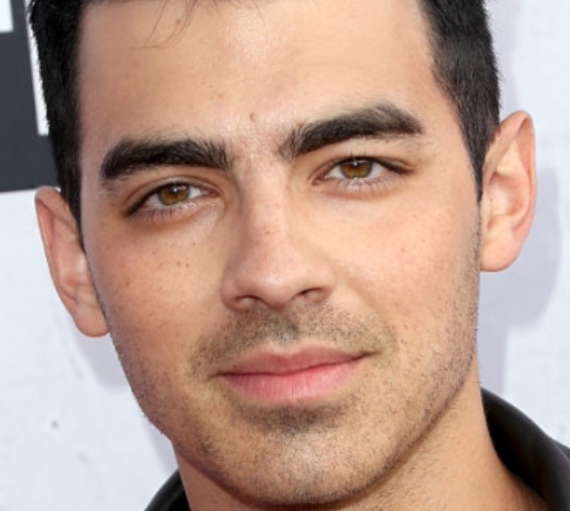 Joe Jonas Talking to Capital FM