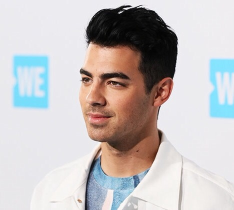 Joe Jonas Interview With Hit 30