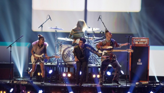 DNCE Performing at the Radio Disney Music Awards
