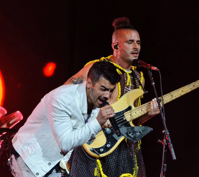 DNCE Performing in Chicago