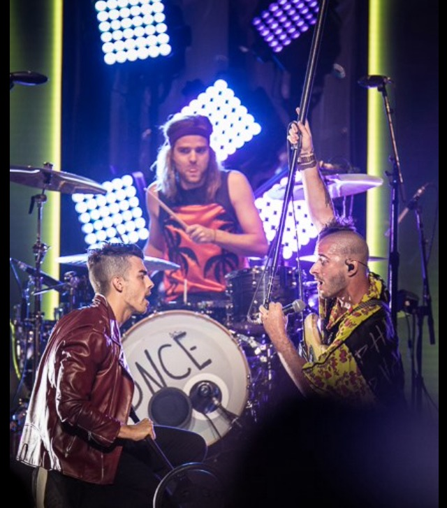 DNCE Performing in St. Louis