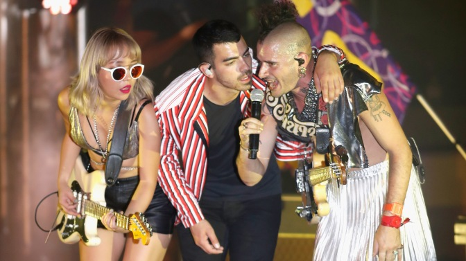 DNCE Performing at SPF 2017 in Las Vegas