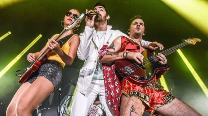 DNCE Performing in Hong Kong