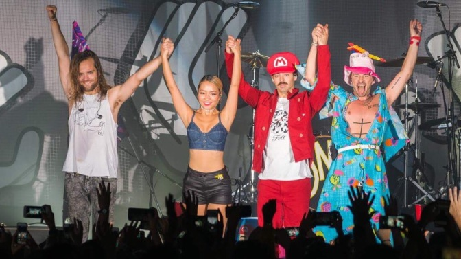 DNCE Perform in Singapore!