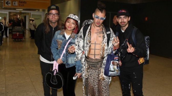 DNCE Arriving at São Paulo International Airport!