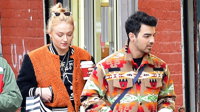 Joe Jonas and Sophie Turner Spotted out in New York!