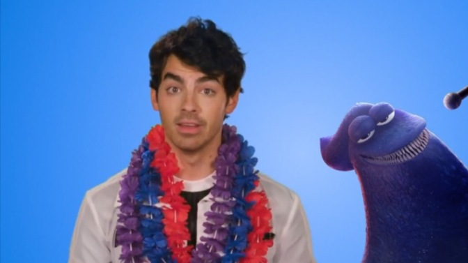 Joe Jonas Talks With iHollywood TV